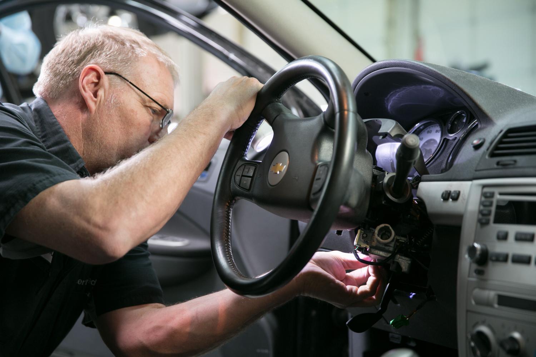 Autonomous driving or better driver education?Autonomous driving or better driver education?