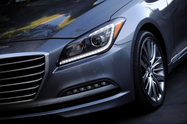 Looking to Revolutionize Luxury – 2015 Hyundai Genesis Review