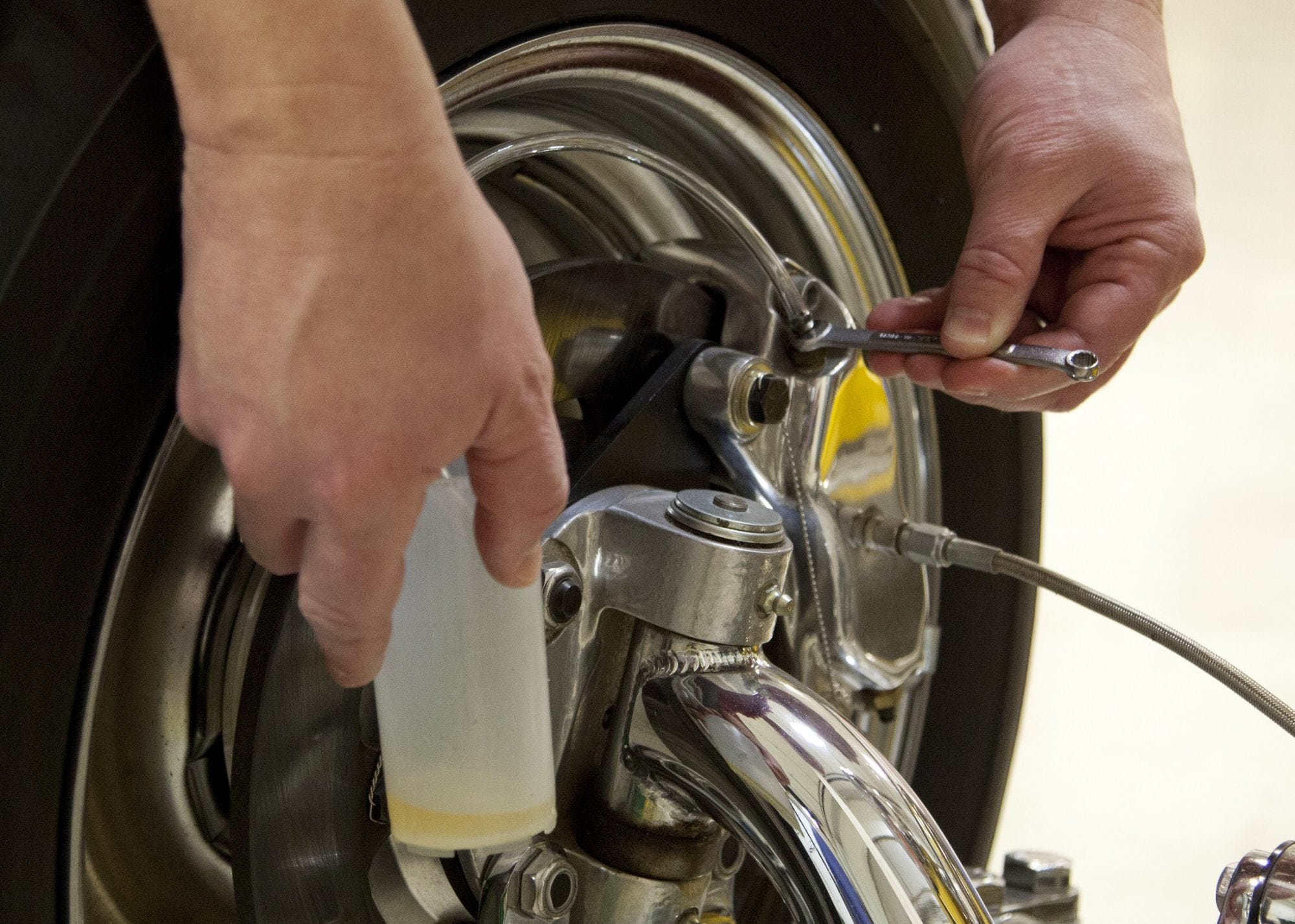 How To Bleed Brakes - CarNewsCafe