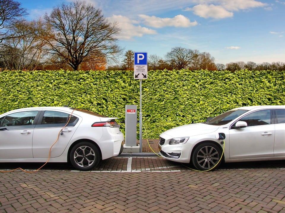 pros of hybrid cars