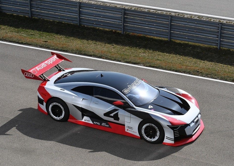 Audi E Tron Vision Gran Turismo Goes From Playstation To