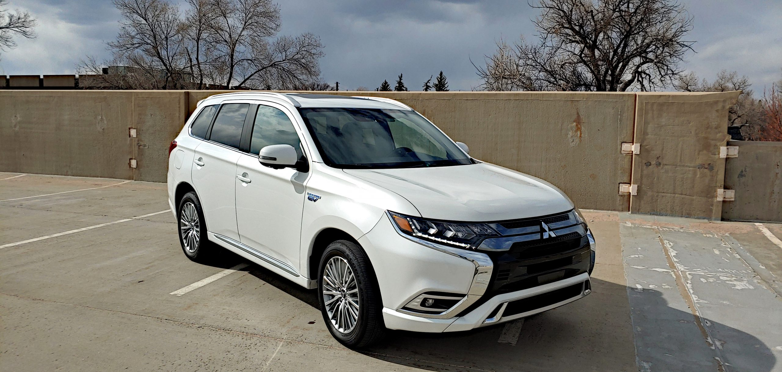 video review 2020 mitsubishi outlander phev carnewscafe 2020 mitsubishi outlander phev
